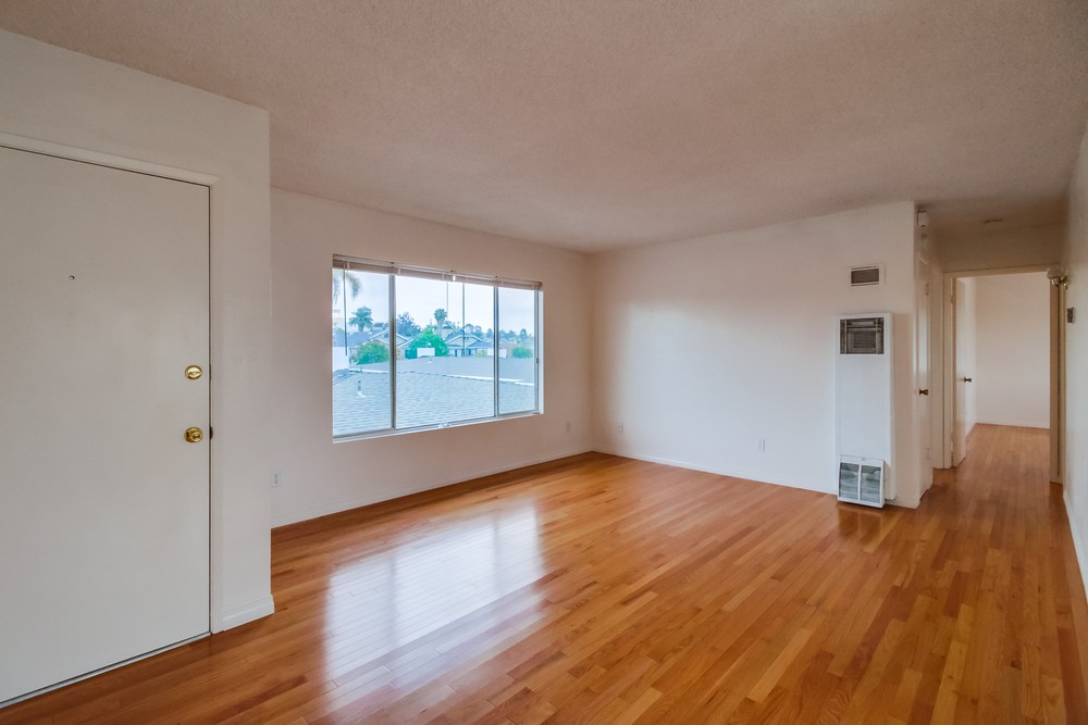 Rented gorgeous sunny vintage 1930s upstairs row for Hardwood floors upstairs